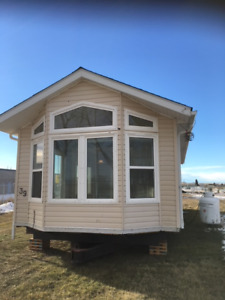 Modular home cottage, 4 season home