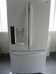 """LG Refrigerator 3 Years Old Great Condition 70"""" tall x 33"""" wide"""