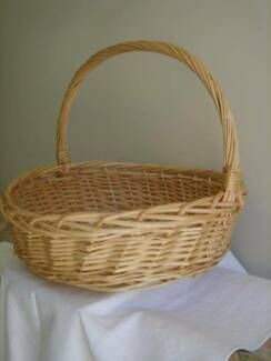Picnic basket in townsville region qld gumtree australia free large woven cane basket circular design rustic country decor negle Gallery