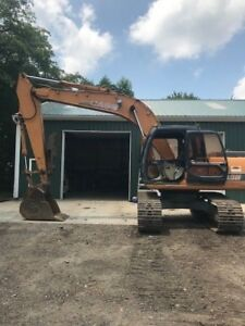 CASE 160 EXCAVATOR WITH THUMB