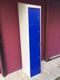 5 door personnel locker with keys
