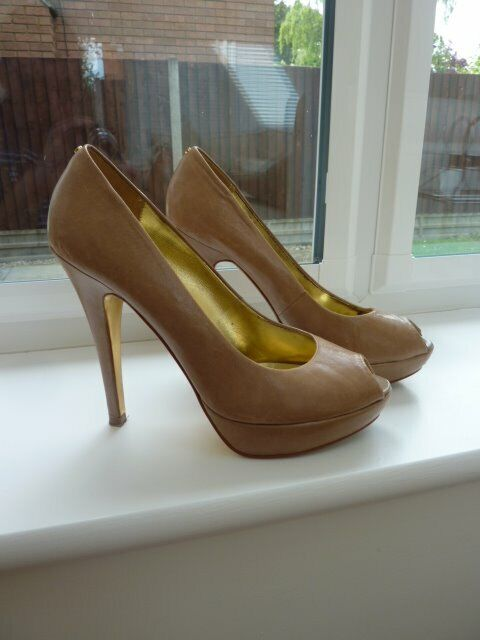26716d36e41d TED BAKER NUDE COURT SHOES UK SIZE 5