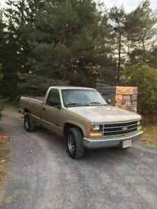 1989 Chevrolet 2500 Rust free California Truck NO RUST!!!