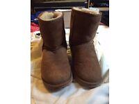 Chestnut coloured Ugg Boots