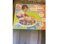 Tummy time play water mat