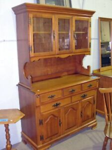 ISO Maple Hutch (Roxton or other) w/ Delivery