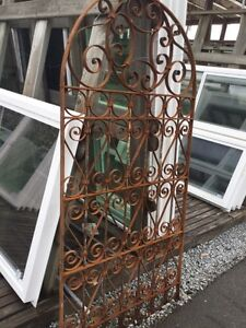 Antique and new garden gates and screens