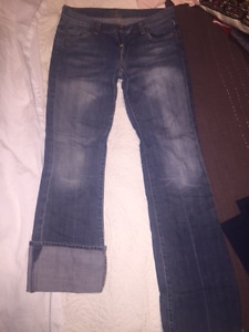 7 for Mankind Size 28 Old school 100% cotton no stretch