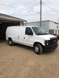 2010 Ford E-250 Commercial Cargo Van