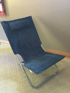 Foldable chair London Ontario image 1