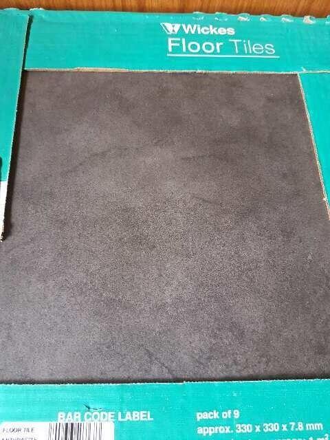 Unused Black Wickes Floor Tiles: 17 box of 9 tiles. Coverage approx 330x330x7.8mm per box