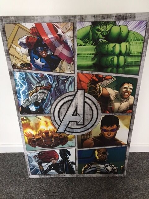 Marvel characters canvas picture, excellent condition, like newin New Inn, TorfaenGumtree - Marvel characters canvas picture, excellent condition, like new. Perfect for bedroom, light and cost £20 originally