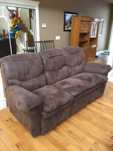 Reclining sofa Excellent condition