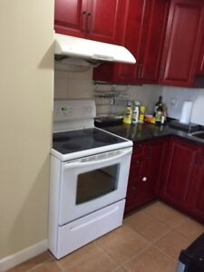 two bedroom apartment available near Richmond Center