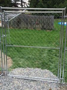 WANTED: Gate for chainlink dog kennel