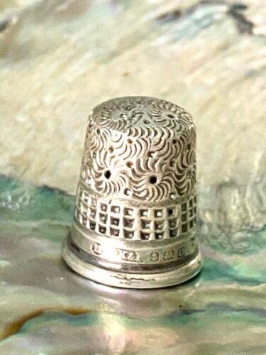 Antique Thimble Hallmarked Silver with Pinwheel/Waffle Design 1913