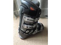 Ladies Ski Boots Size 5 - Rossignol Good condition