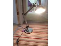 Desk light, adjustable very good condition