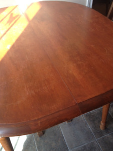 Moving Sale!  Table for Sale.
