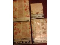 3 Laurel Leaf floral single duvet covers/2 matching pillow cases. New, still in pack. £10. Bargain!