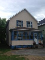 69 ST. GEORGE`S AVE W - 2 STOREY HOME