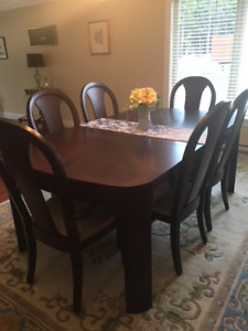 Georgeous Diningroom Set