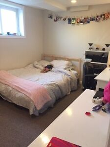 1 room for student rental in Old North area London Ontario image 4