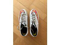 Girls/Ladies Nike Football boots