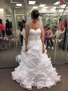Size 2 Galina Signature wedding dress