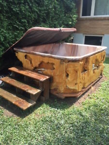 Hot tub/Jacuzzi/Spa for sale! Very cheap!