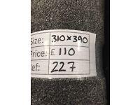 Luxury pile grey carpet remnant - 3.10x3.90m - £110 - Ref 227