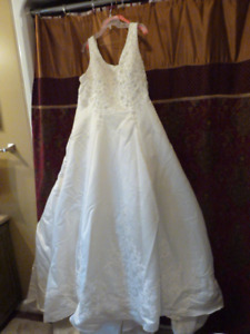 wedding dress...reduced