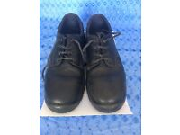 Steel toe cap work shoes with anti-slip soles size 10 - barely worn