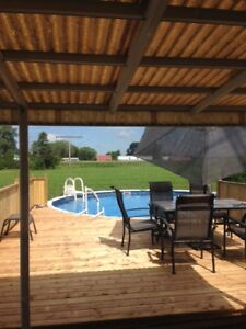 Maison a vendre avec Garage double , Piscine ,grand terrain ect