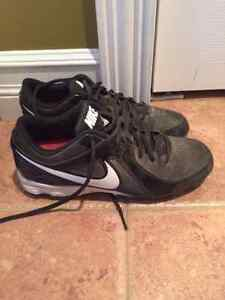 Nike Baseball shoes Mens SZ 7