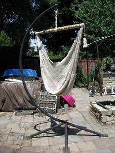Hammock stand and hanging hammock chairs x2