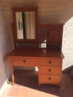 Antique Dressing Table with Mirror Waverton North Sydney Area Preview
