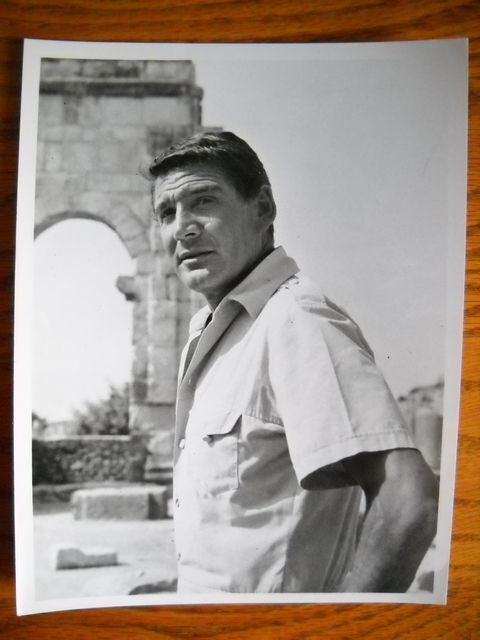 "Gene Barry B&W Photo 7""X 9"" Action Picture TV Star of Bat Masterson Burke's Law"