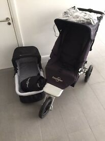 Easy Walker Sky pushchair / jogger. Inc. cot, covers, cosy toes & buggyboard. Excellent condition.