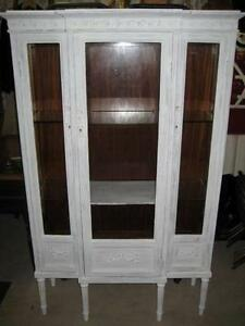 White & Gold Armoire' / Display Cabinet Cooyar Toowoomba Surrounds Preview