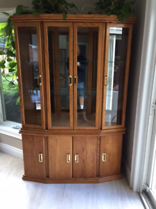 oak china cabinet with table and 6 chairs