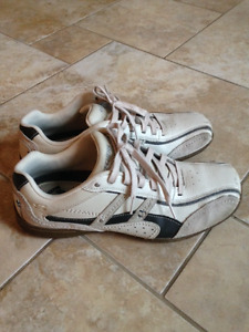 Sketchers Relaxed Step Mens Walking Shoes sz. 9.5