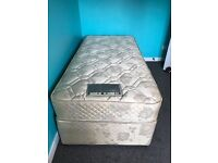 Single Bed in excellent condition, hardly used