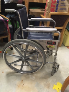 Heavy Duty Wheel Chair, Great condition