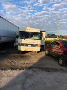 1997 DAY BREAK FORD RV - LOW MILES!!! GREAT DEAL - TURN KEY
