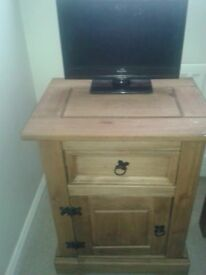 2 x Corona Bedside Tables