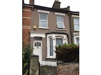 NEWLY RENOVATED 2 DOUBLE BEDROOM FURNISHED HOUSE WITH GARDEN IN STRATFORD