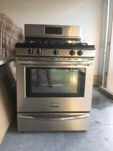 5 burner gas convection oven, stainless steel, gently used 2yo
