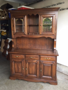 Beautiful Wood Hutch - Great Condition