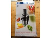 Philips Viva Collection HR1863 Juice Extractor 2 litre capacity.